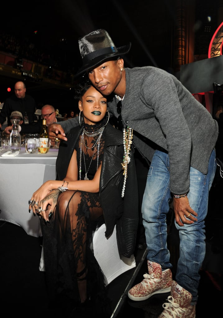 Who Later Posed With Rihanna