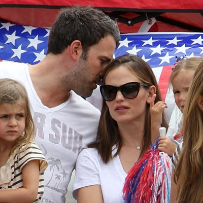 Ben Affleck and Jennifer Garner Pictures With Daughters at Fourth of July Parade in LA