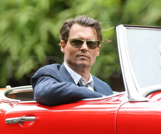 Photo of Johnny Depp on the Set of The Rum Diary 2009-03-27 14:30:54
