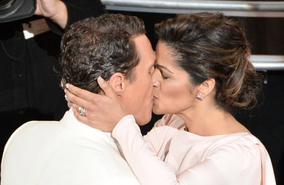 Matthew McConaughey got a big smooch from wife Camila Alves when his name was announced as the Oscar best actor winner.