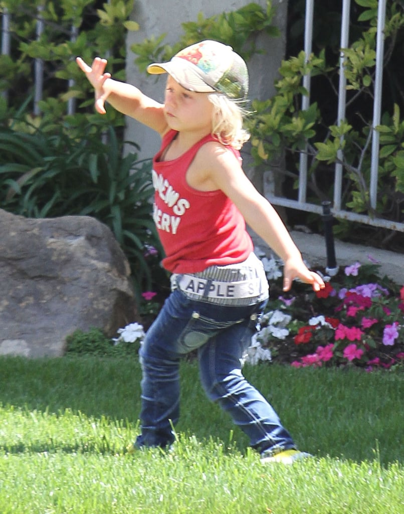 Zuma Rossdale hung out in the yard before heading to a birthday party with mom Gwen Stefani.