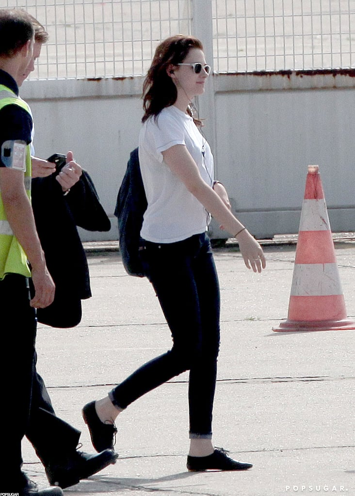 Kristen Stewart arrived ready to board a private jet out of Paris.