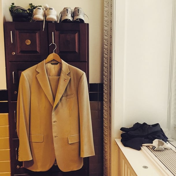 Giving rise to the hashtag #YesWeTan, the White House made us believe the president was suiting up in his camel-colored suit. Needless to say, it was all a joke, and Barack looked spiffy in darker tones.