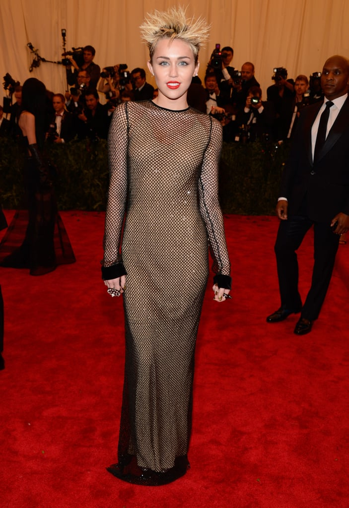 Miley Cyrus's netted Marc Jacobs column dress fit her like a glove.