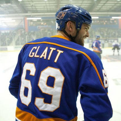 Goon Trailer Starring Seann William Scott
