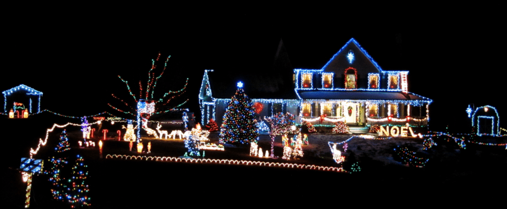 The 21 Most Decked-Out Holiday Homes in America