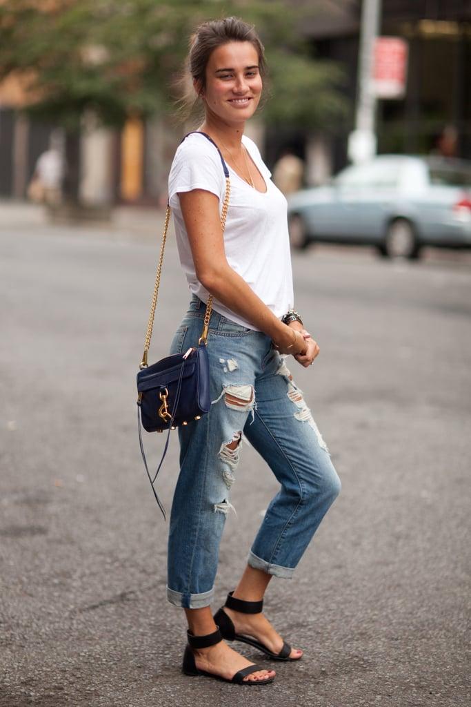 Don't underestimate boyfriend jeans and a pair of your favorite sandals.  Source: Le 21ème | Adam Katz Sinding