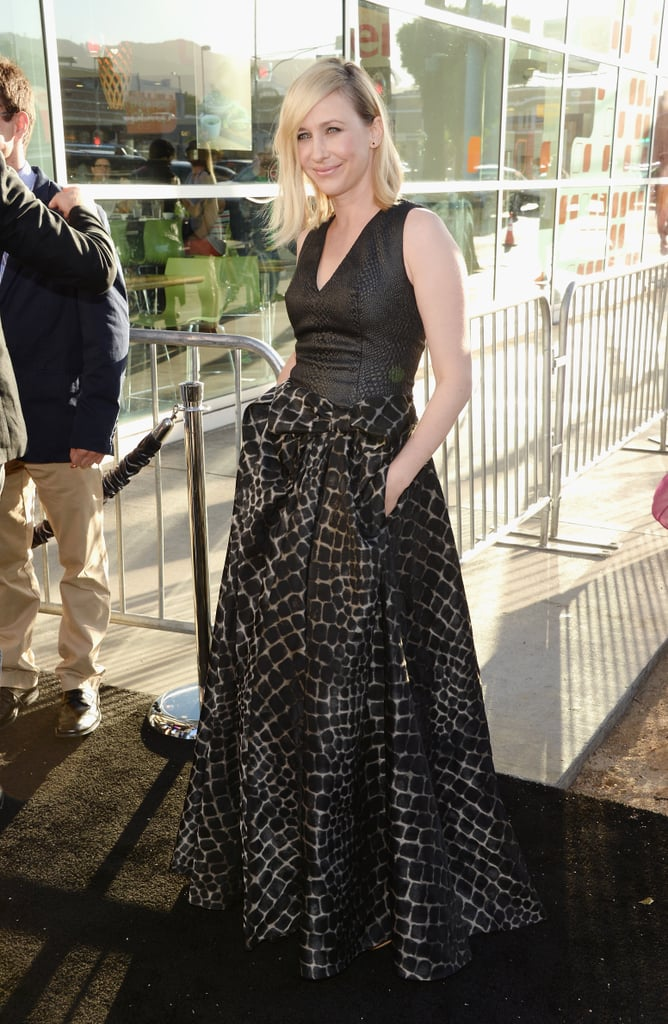 Vera Farmiga walked the carpet for The Conjuring in a brooding Viktor & Rolf gown.
