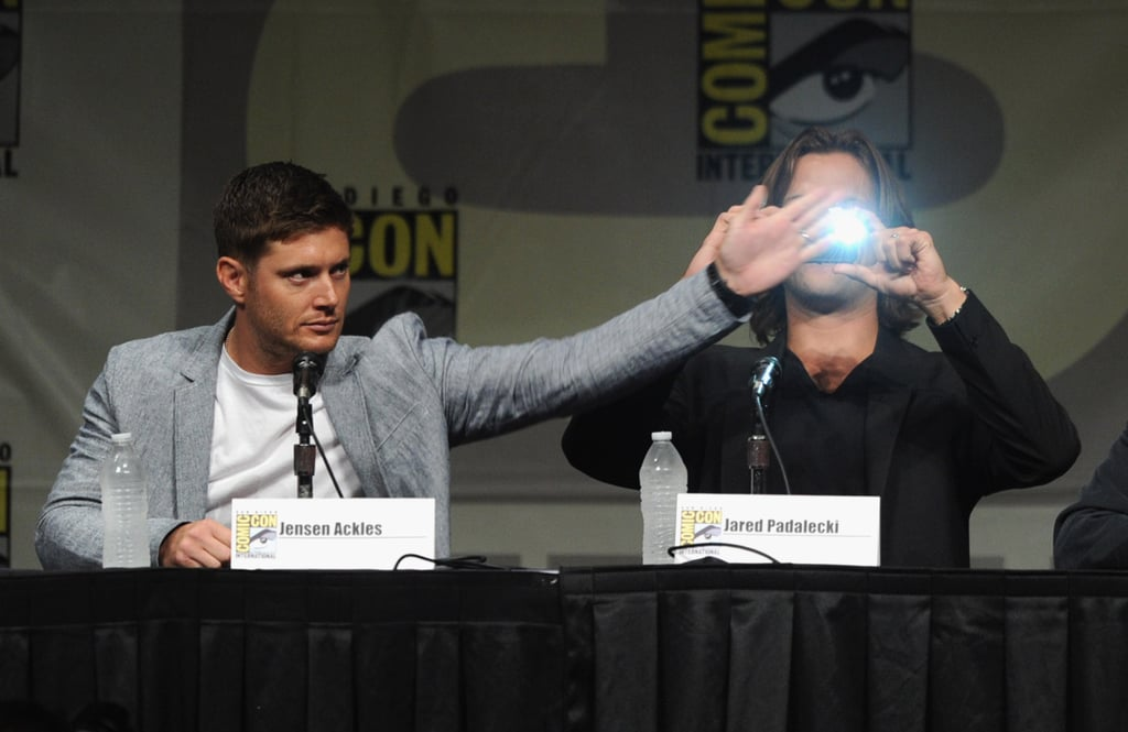 Jensen Ackles didn't let Jared Padalecki get a photo of the crowd as they attended the Supernatural panel in 2012.