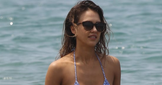 Jessica Alba Soaks Up The Sun In A Bikini On Hawaii Vacation