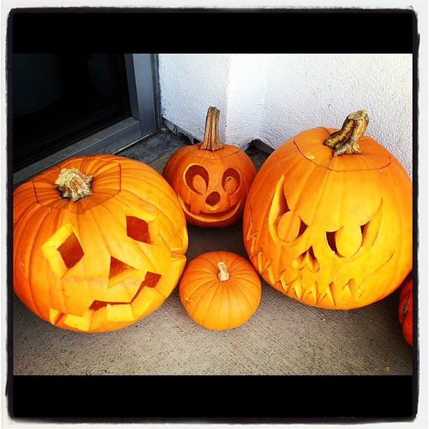 Mena Suvari showed off an array of jack-o'-lanterns. Source: Instagram user mena13suvari