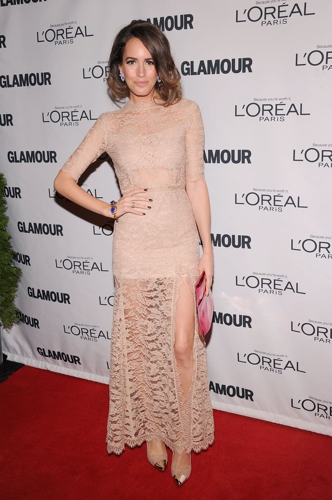 Louise Roe showed off a nude, lacy Femmes D'armes number with a thigh-high slit.