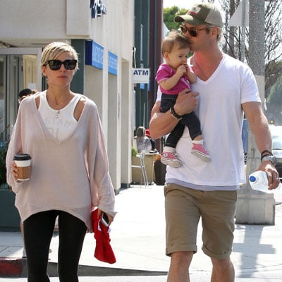Chris Hemsworth Kisses Daughter India With Elsa Pataky