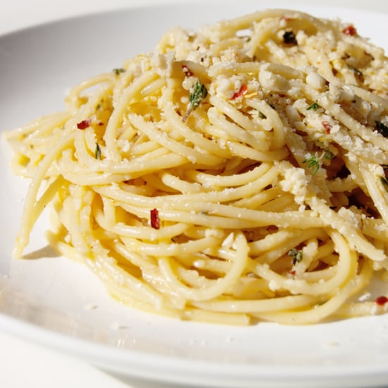 Spaghetti With Garlic White Wine Sauce Recipe