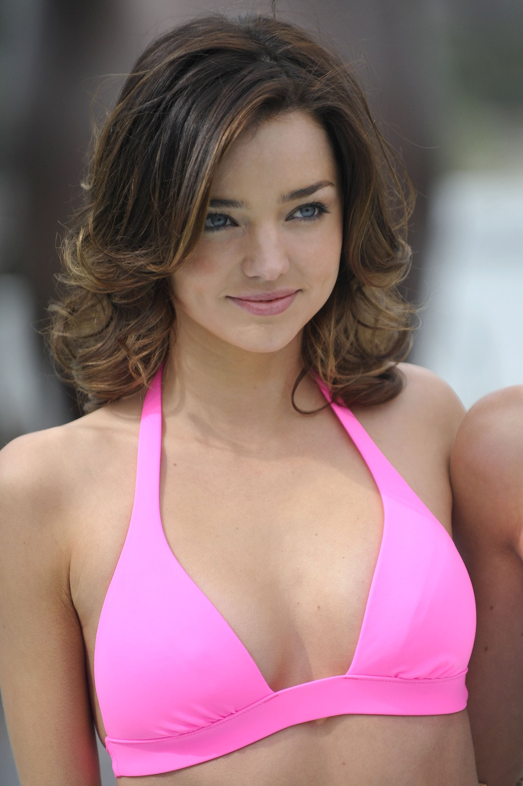 Miranda sported a shorter crop and a pink bikini at the celebration of the 15th anniversary of the Victoria's Secret Swim catalog in 2010.