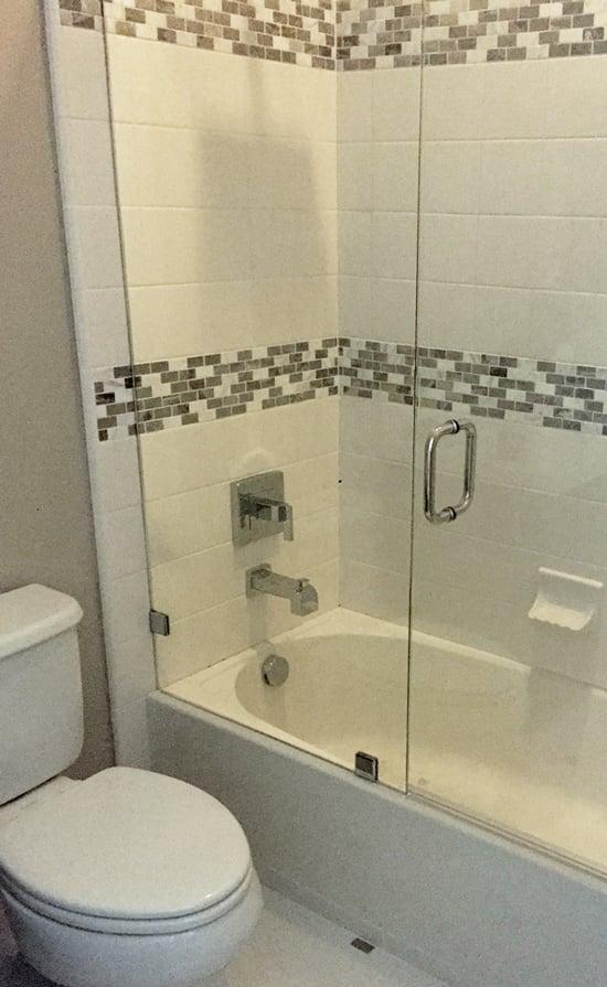 Christina and tarek oversaw a renovation of the bathroom for File f bathroom