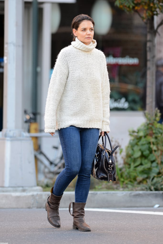 Katie Homes wore ankle boots to go out in NYC