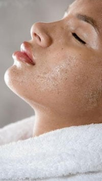 How To:  D.I.Y. Spa Treatment - Great Grape Mask