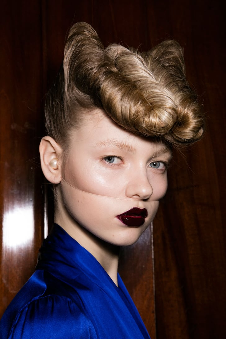 Gareth Pugh Fall 2016 Breathtaking Beauty Looks From Paris Fashion Week Popsugar Beauty