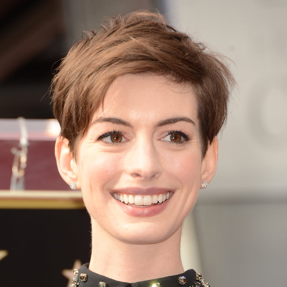 Anne Hathaway's mussed-up do