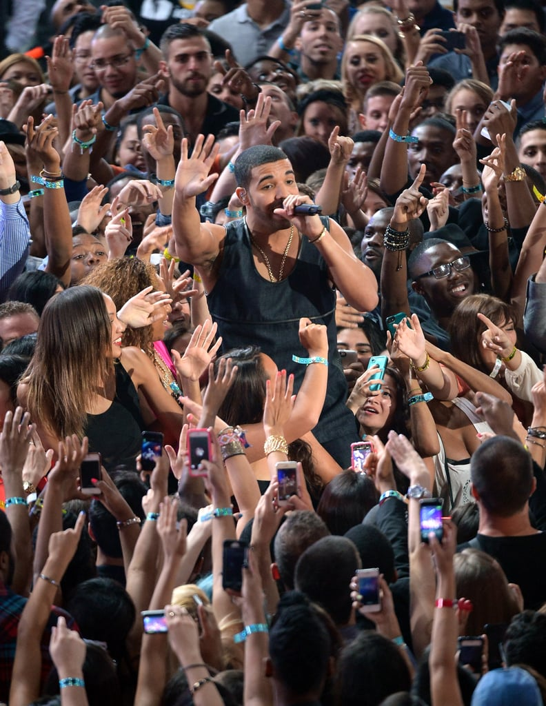 Drake was surrounded by fans during his VMAs performance.