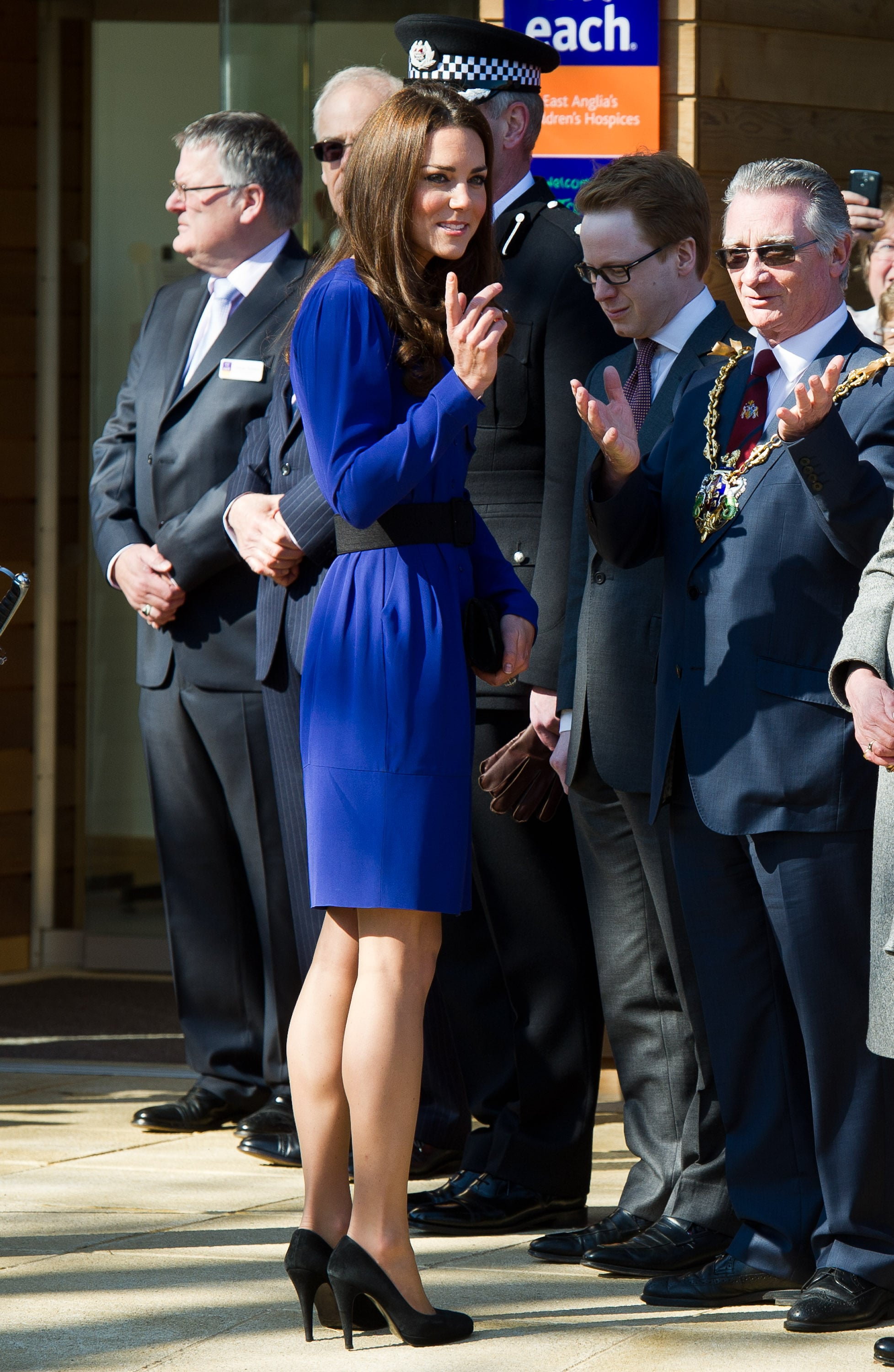 Kate middleton in a blue reiss dress kate middleton gives her first