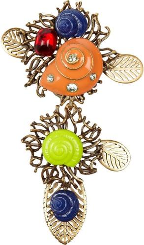 Oscar de la Renta Coral and resin shell brooch