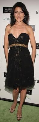 Celeb Style: Lisa Edelstein