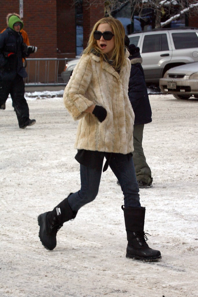 Kate Hudson Grins and Bears Cold Christmas in Aspen
