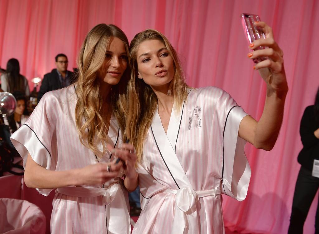 Ieva laguna and Jessica Hart captured the ultimate backstage selfie.
