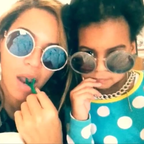 Beyonce and Blue Ivy Flossing