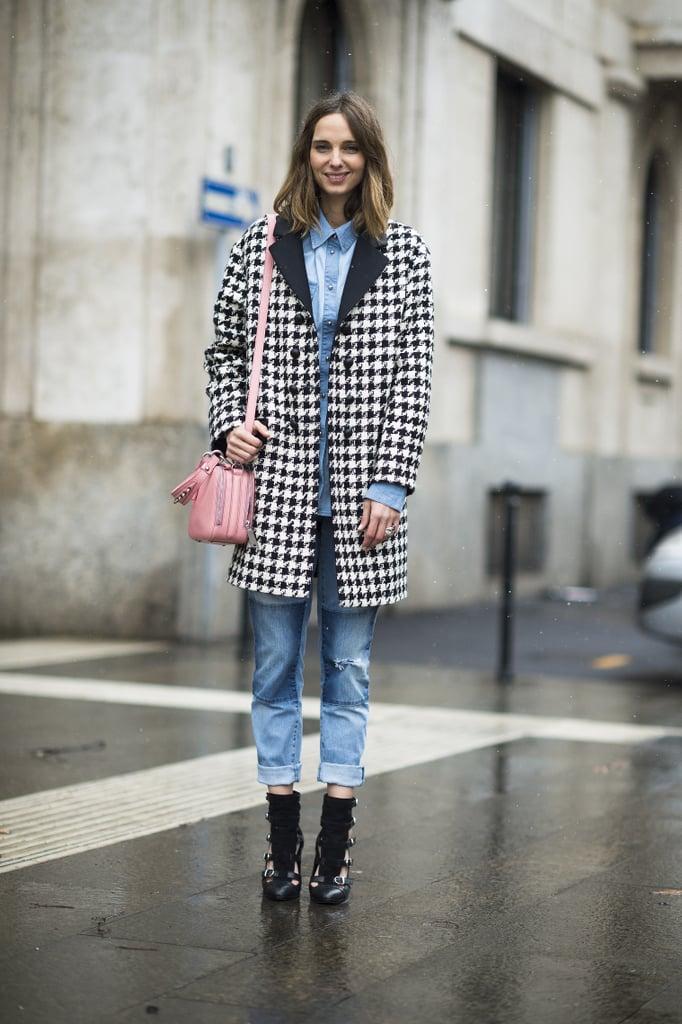 A houndstooth coat livened up this attendee's denim on denim. Source: Le 21ème | Adam Katz Sinding