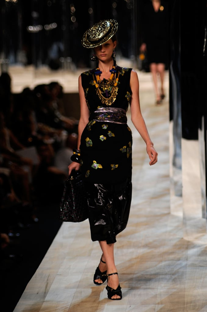 Marc Jacobs Wears Skirt, Shows Skirts for Spring 2009