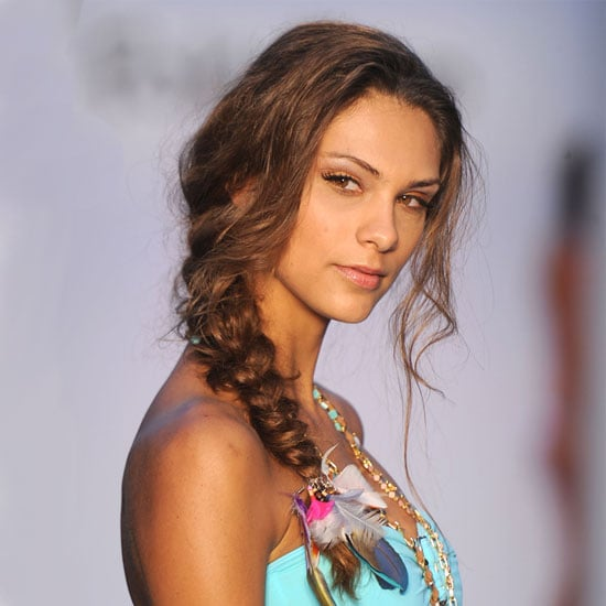 Miami Swim 2012: Hair and Makeup Ideas For the Pool and Beach 2011-07-18 16:00:08