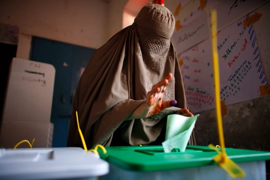 Pakistan Votes, a Day in Pictures
