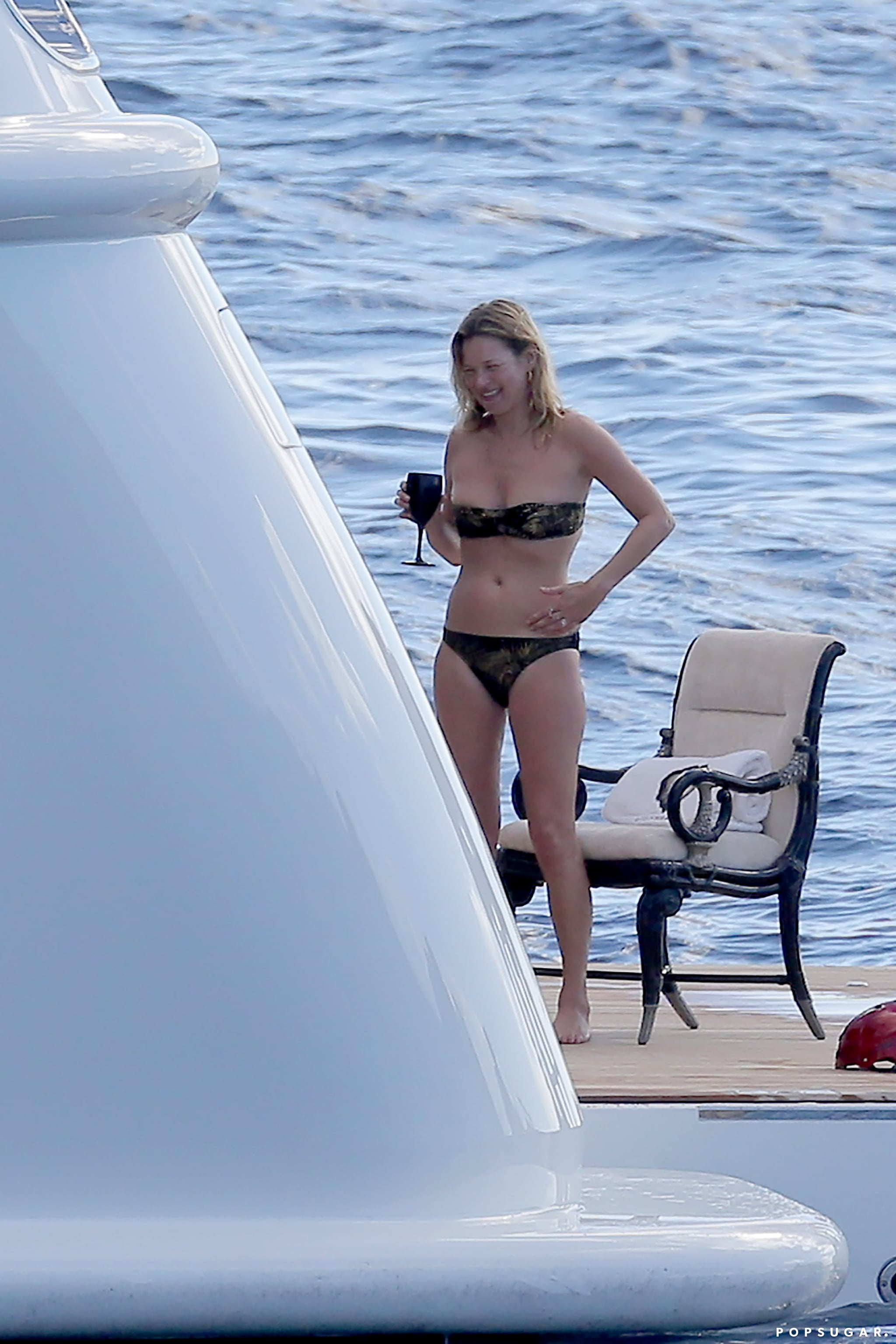 Bikini-Clad Kate Moss Is Having a Ball in St. Barts