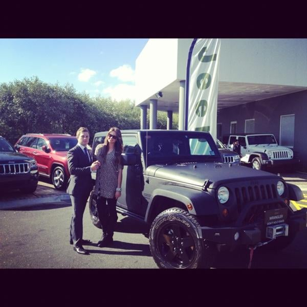 Jesinta Campbell received a brand new Jeep. Source: Twitter user JesintaCampbell