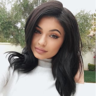 Kylie Jenner Releasing Eye Makeup