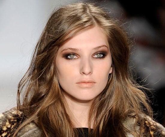 7 Ways to Wear the Matte Lipstick Trend 2009-10-07 07:04:31