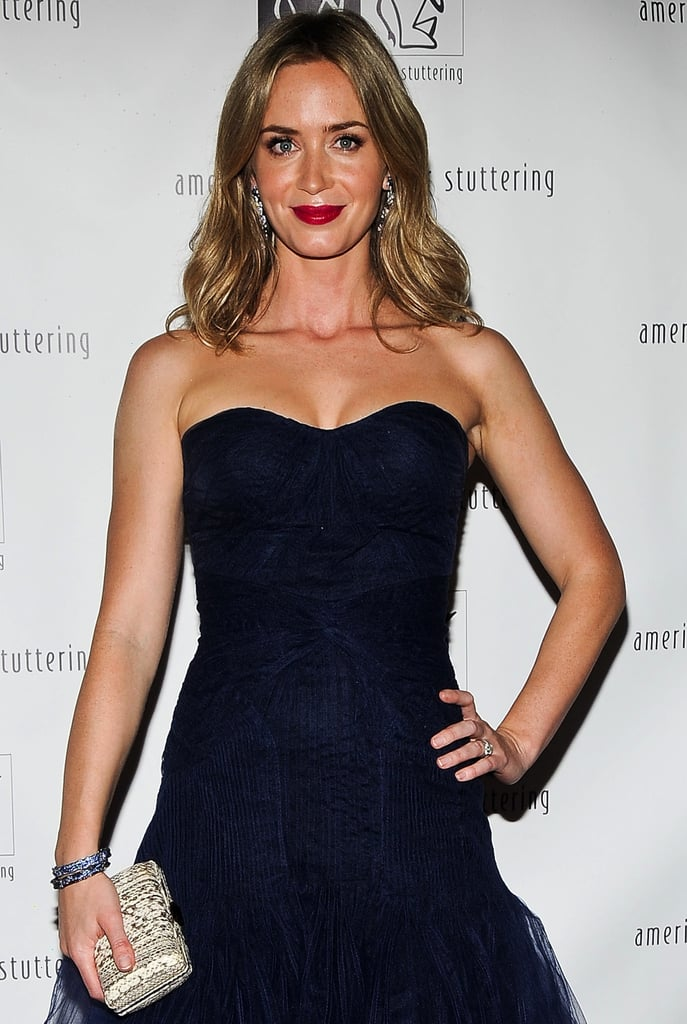 Emily Blunt joined Sister, a psychological thriller based on Rosamund Lupton's bestselling novel. She'll play a London woman investigating the death of her sister.