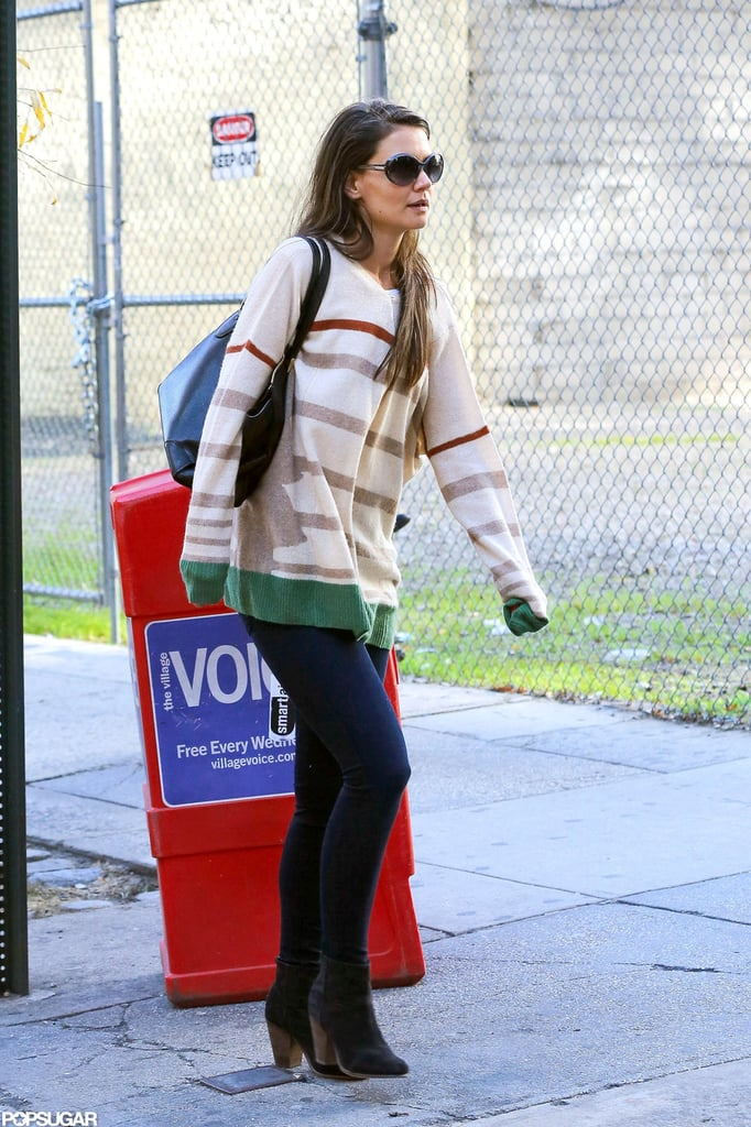 Katie Holmes paired a striped shirt with jeans.
