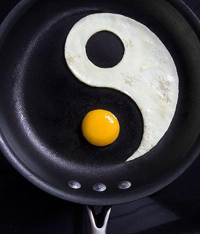 Yummy Link: Yin and Yang Egg