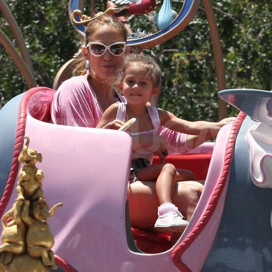 Jennifer Lopez Pictures With Twins Max and Emme