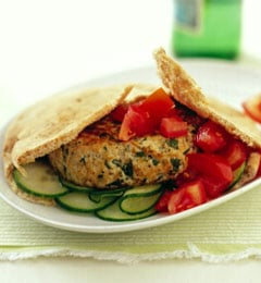 Fast & Easy Dinner: Turkey Burgers With Feta and Herbs