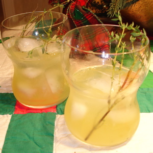Happy Hour: Winterthyme Cocktail