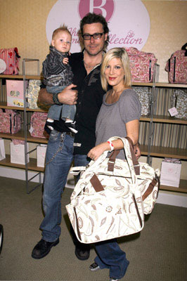 Tori Spelling and Dean McDermott Welcome Stella Doreen McDermott