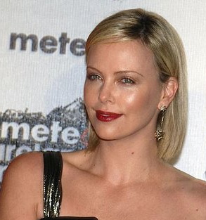 Love It Or Hate It? Charlize is Seeing Red