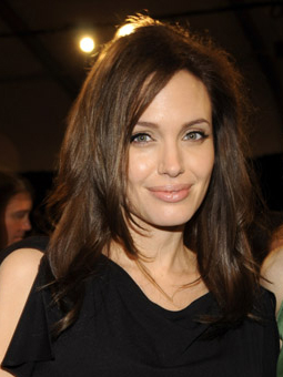 Angelina Jolie Spirit Awards: picture of her hair and makeup