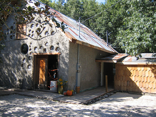 Casa Verde:  Recycled Texas Houses