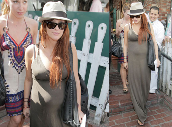 Photos of Ashlee Simpson at The Ivy